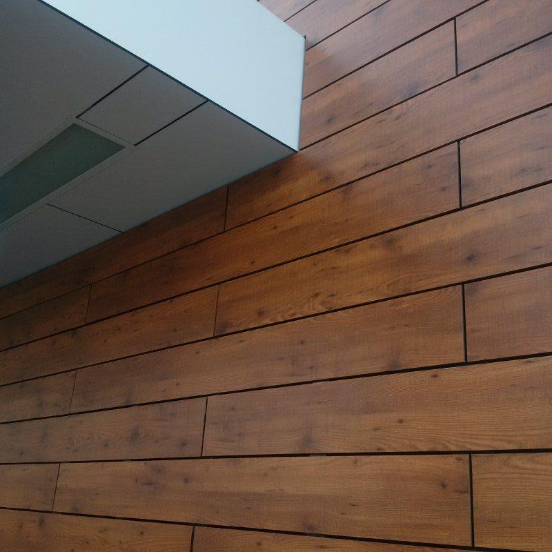 KFC detail fasády